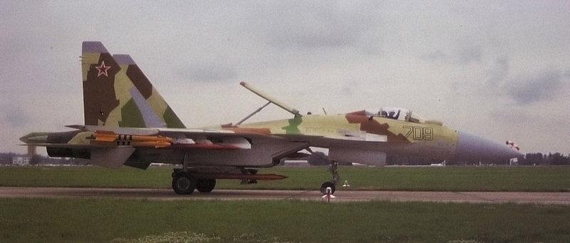 ملخص كامل متكاامل عن عملاق الجو SU-35 Su35